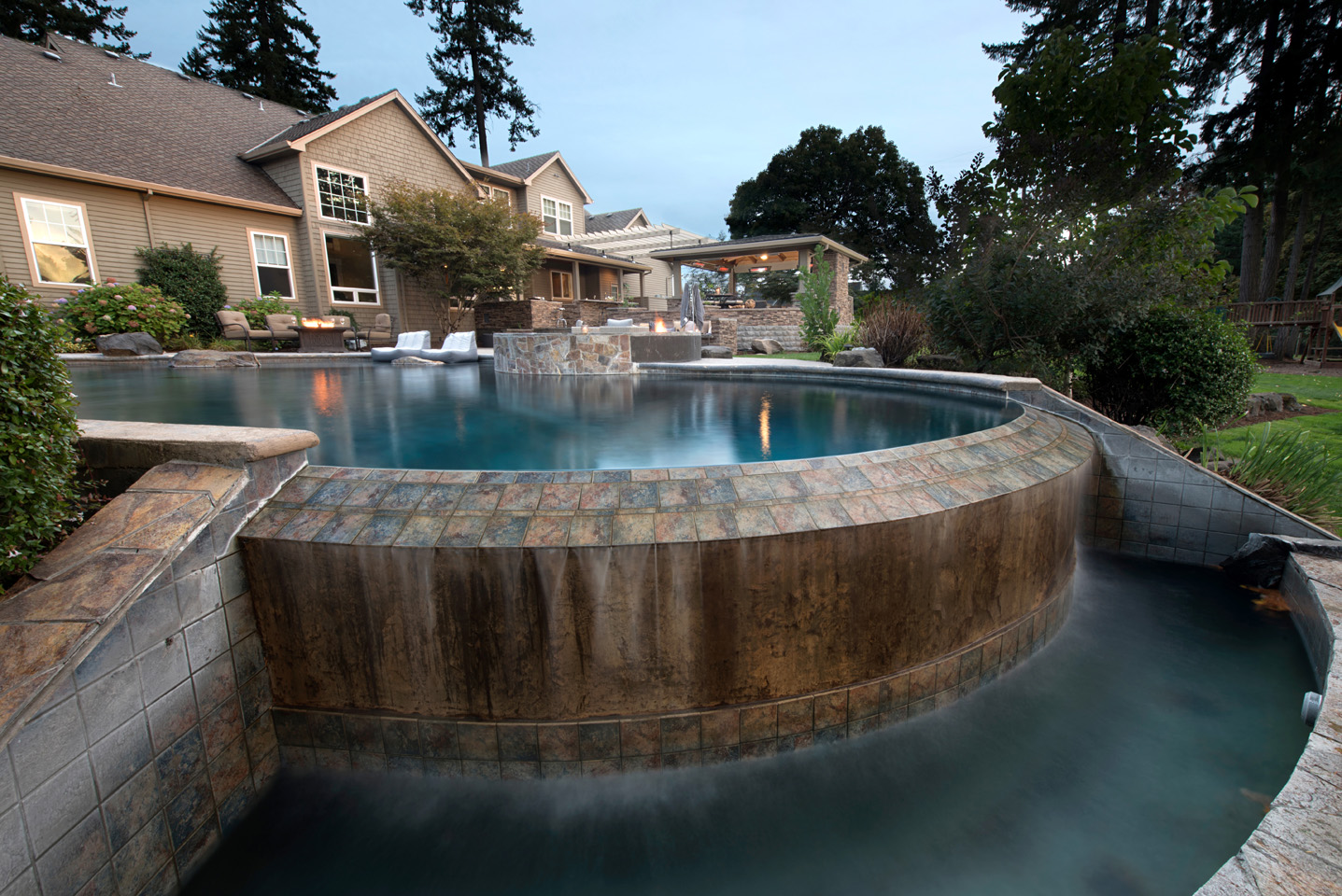 In-ground Mini-Pool/Spa