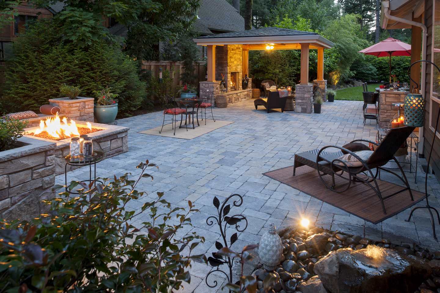 Outdoor Living with all the elements and features!