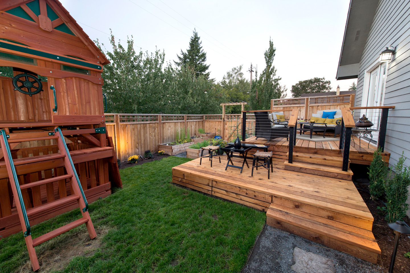 tiered sun deck & play structure