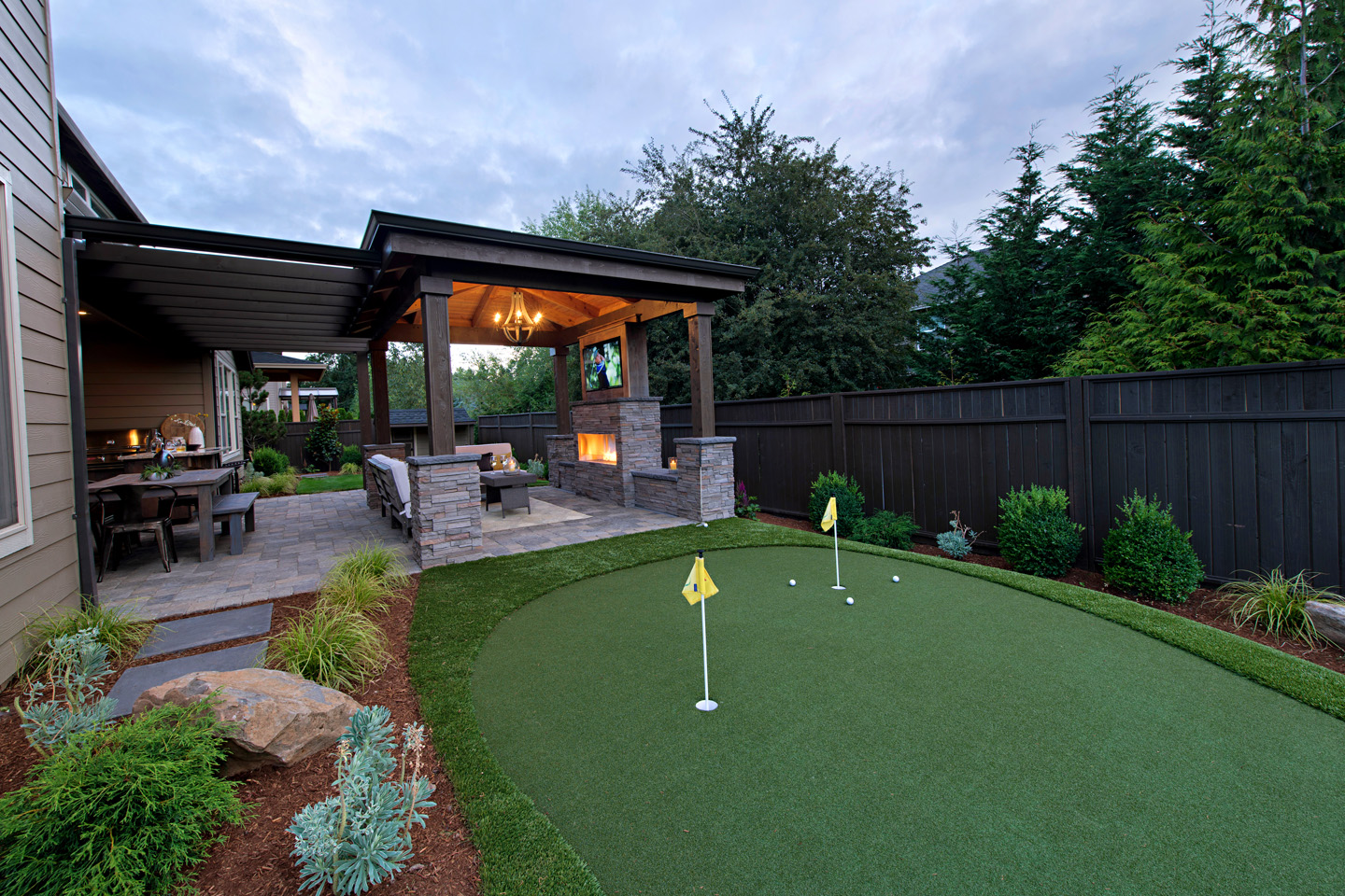 Small Backyard golf green