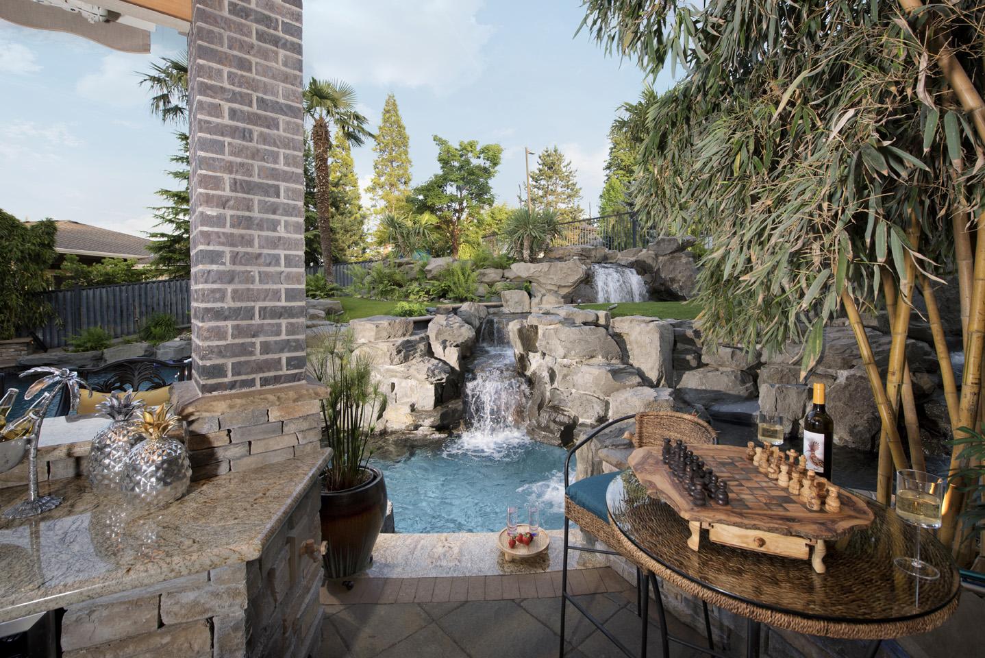 Tropical Outdoor Kitchen in Landscape Design