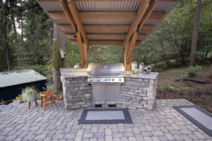KITCHEN GRILL ISLANDS