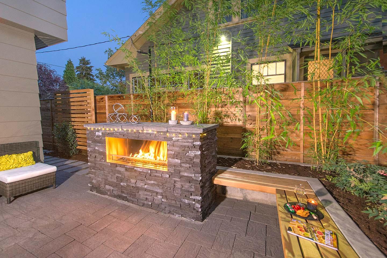 Firepit Wall w/Wood seat wall