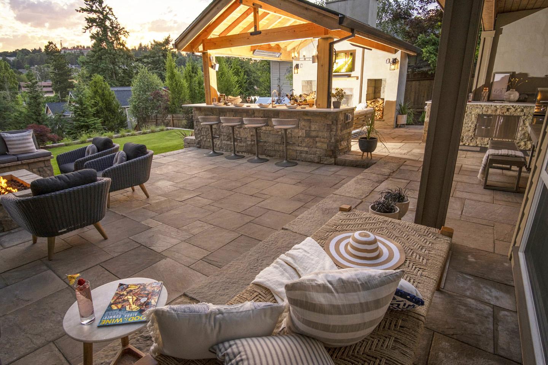 Backyard Living - Hardscape
