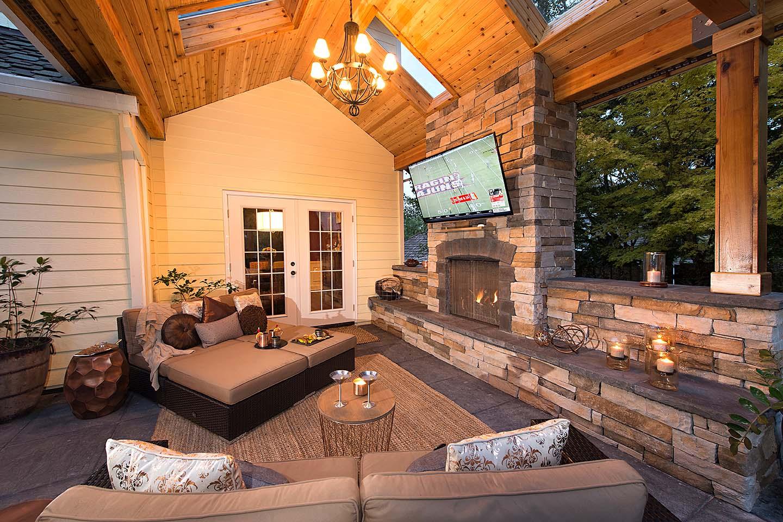 Fireplace Seatwall in sloped backyard