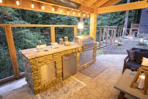 Outdoor Living Room & Kitchen