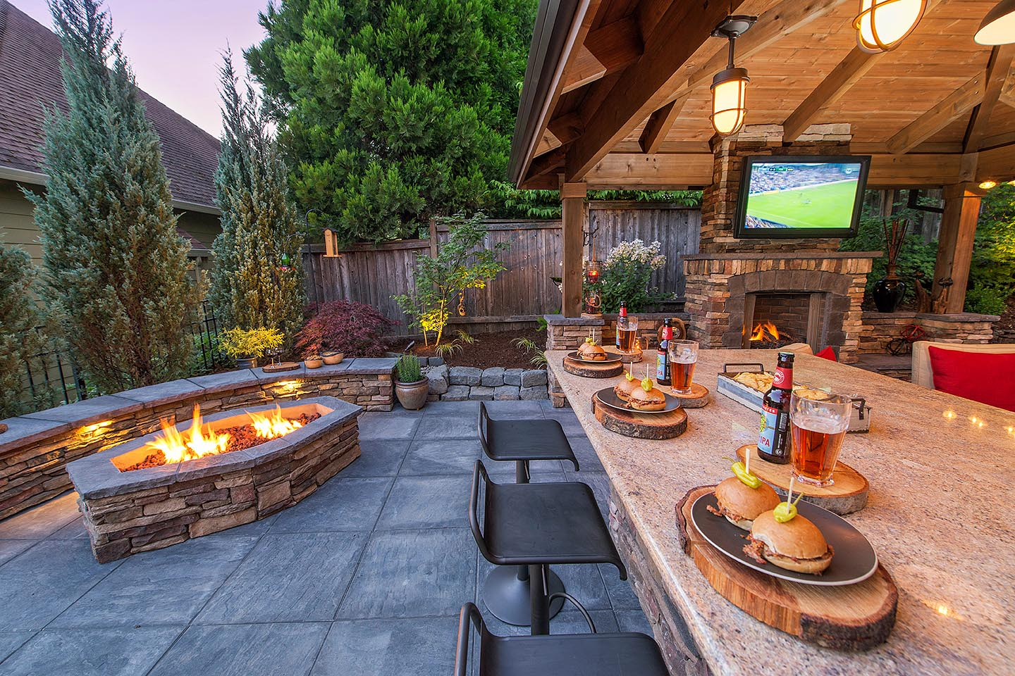 Firepit with Seat wall